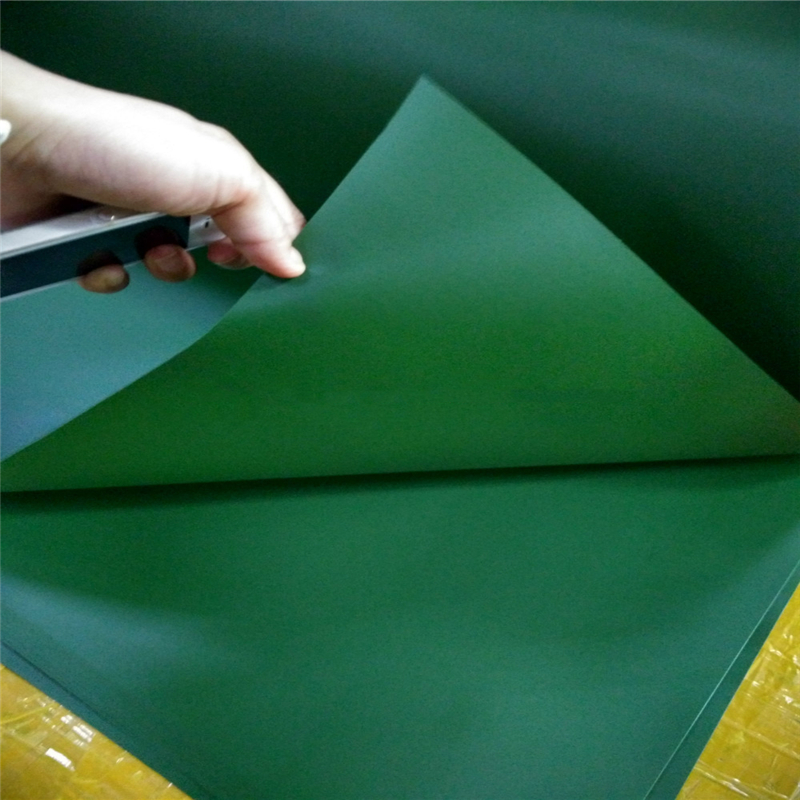 Plastic Sheet for Sports Field And Garden Artificial Fence Grass Turf Lawn